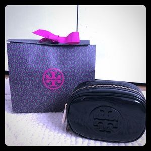 Tory Burch Black Patent Make Up Pouch / Travel Bag